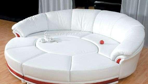 Обивка дивана круглой формы